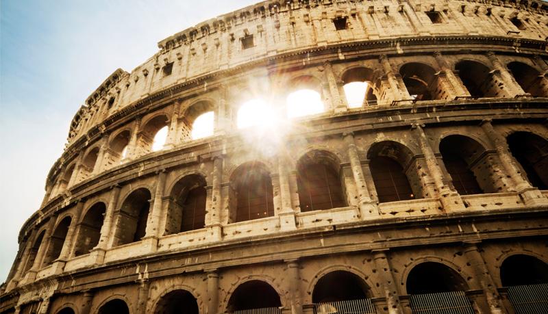 Italy-Rom-Colusseum-Sunshine